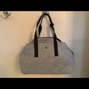 Lululemon Go Getter Bag. In Grey
